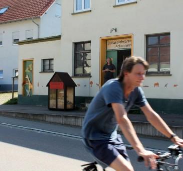 Kollege Armin und das neue E-Bike
