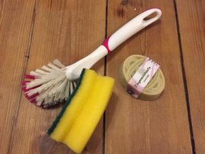 Holzspielzeug von Viren reinigen